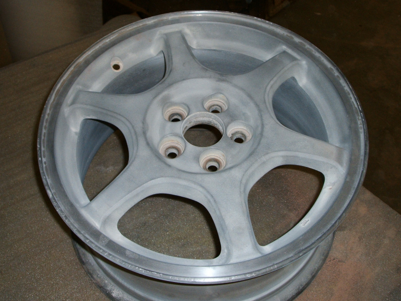 Example of powder coated alloy wheels - Before
